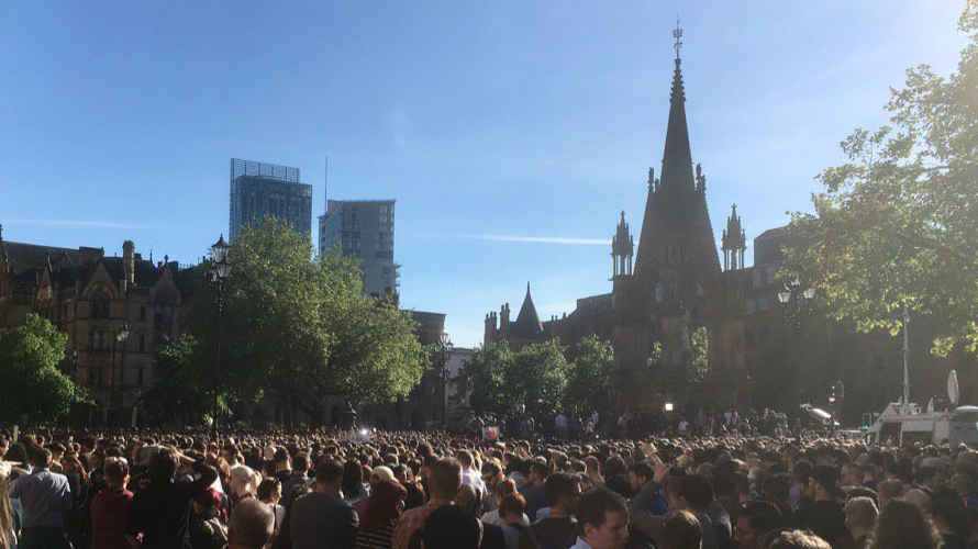 Albert Square, Tuesday 23rd May 2017