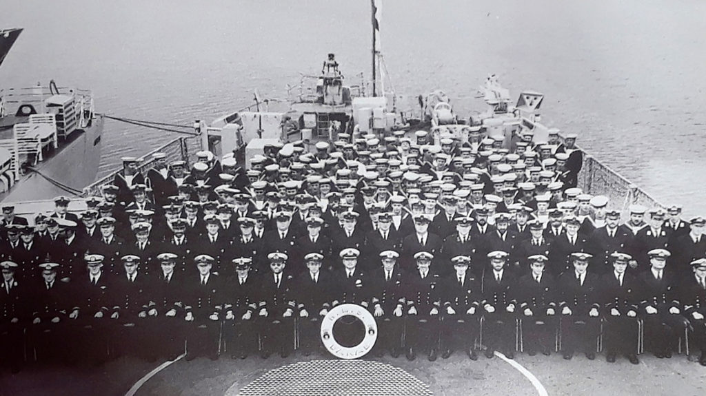 Crew of HMS Danae in 1987